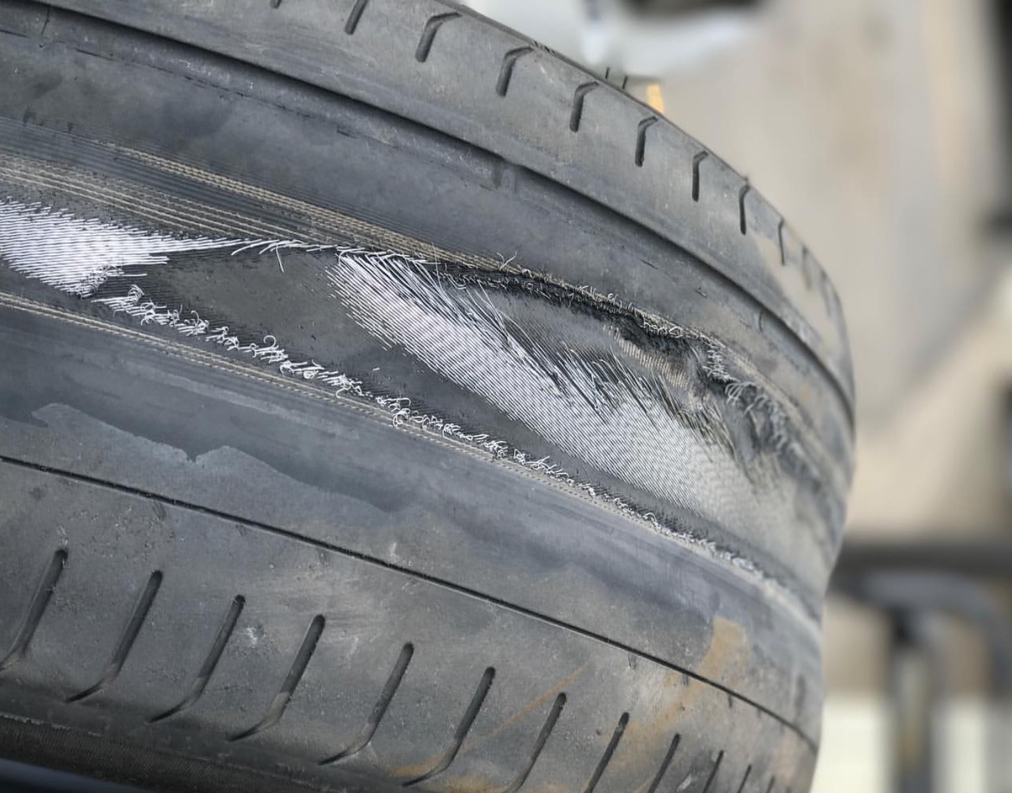 Four Things That Prove You Need New Tires